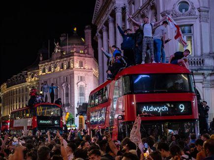 הכדורגל יחזור הביתה? (Getty Images) (צילום: ספורט 5)
