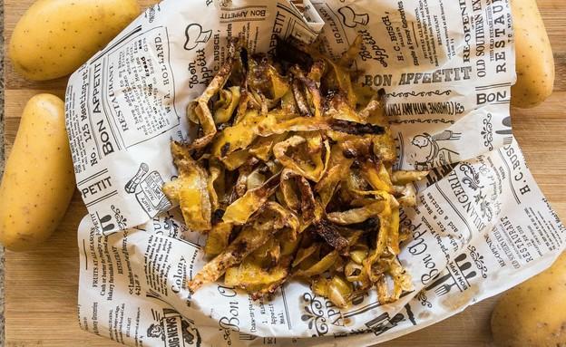 צ'יפס קליפות תפוחי אדמה (צילום: שרון ברקוביץ', ברקו מייד)