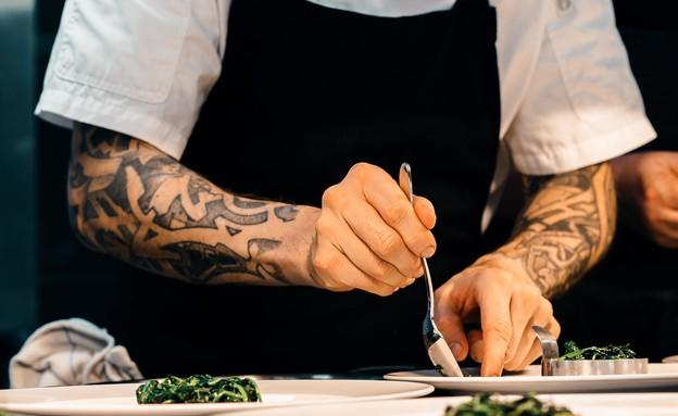 שף, מטבח (צילום:  Sebastian Coman Photography UNSPLASH)