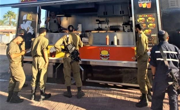 """Food Truck (צילום: יח""""צ כוורת)"""