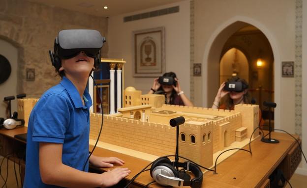 אירועים בתשלום 2021 משקפי מציאות מדומה במוזיאון המוסיקה (צילום: איתי נדב)