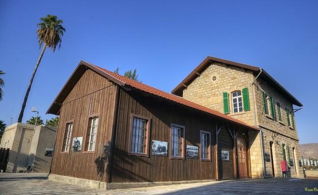 תחנת הרכבת ההיסטורית של צמח (צילום: זיו אופיר)