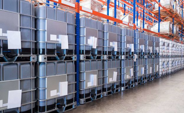קופסאות פלסטיק, מפעל (צילום: Mr. Amarin Jitnathum, shutterstock)
