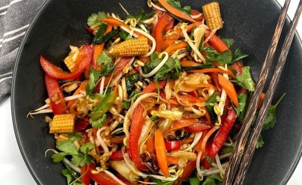 ירקות מוקפצים של רון יוחננוב (צילום: רון יוחננוב, אוכל טוב)