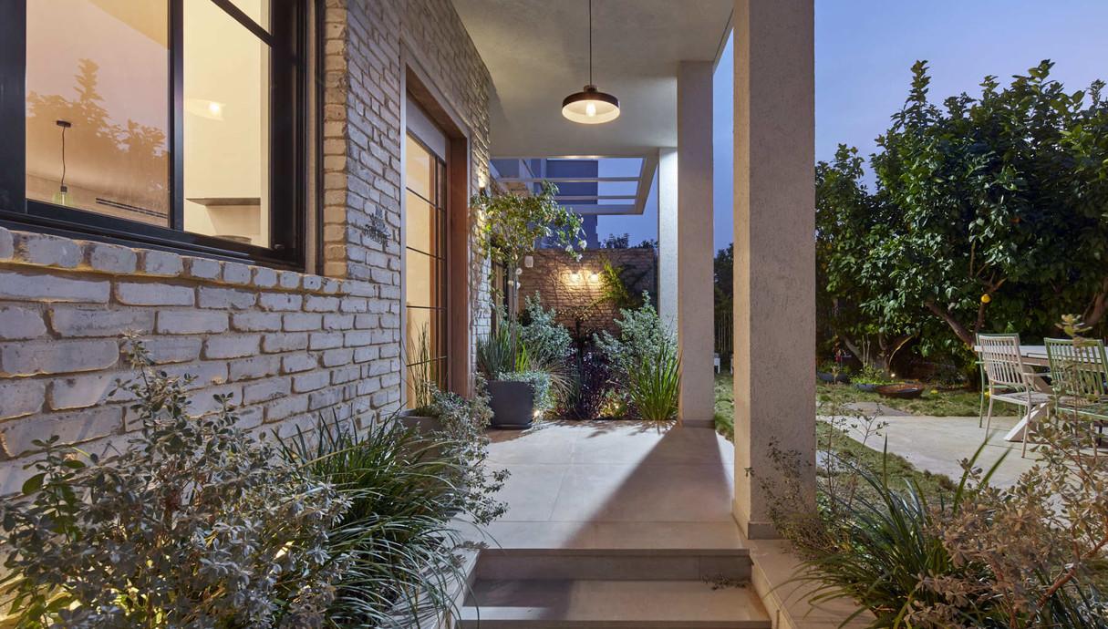 בית בעיר בשרון, עיצוב בלומנפלד מור אדריכלים - 3