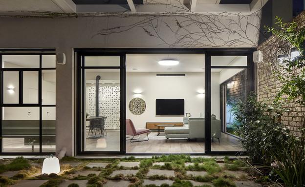 בית בעיר בשרון, עיצוב בלומנפלד מור אדריכלים - 5 (צילום: שי גיל)
