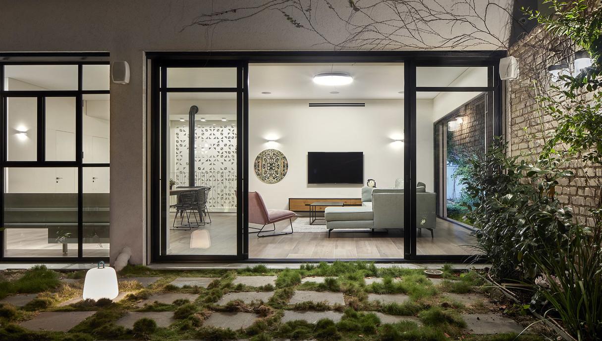 בית בעיר בשרון, עיצוב בלומנפלד מור אדריכלים - 5