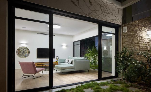 בית בעיר בשרון, עיצוב בלומנפלד מור אדריכלים - 8 (צילום: שי גיל)