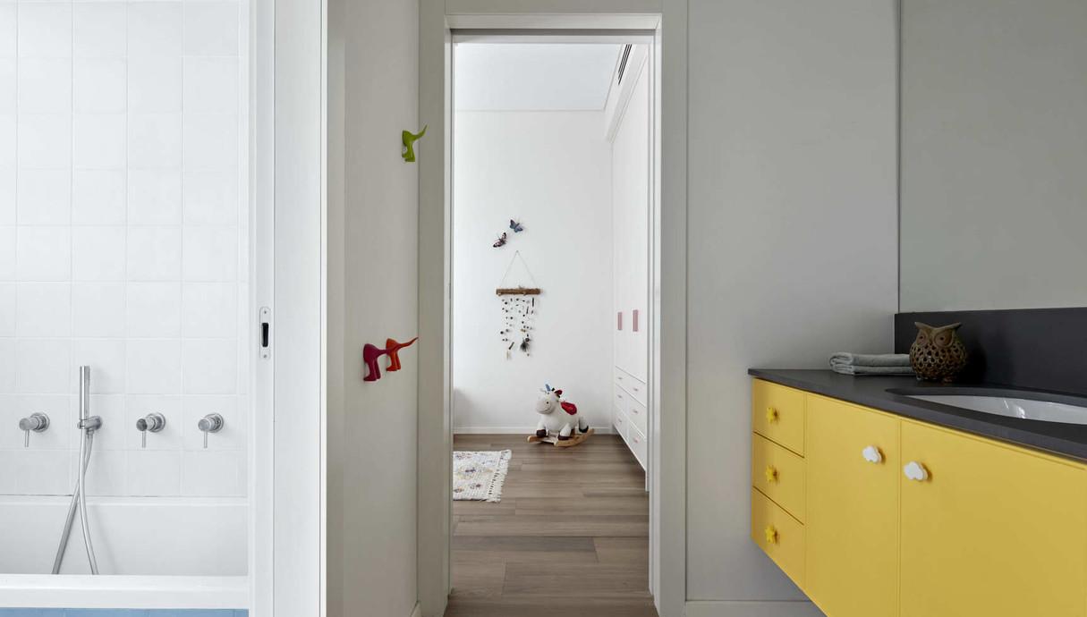 בית בעיר בשרון, עיצוב בלומנפלד מור אדריכלים - 20