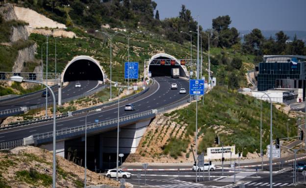 כביש 6 חוצה צפון (צילום: רודי אלמוג)