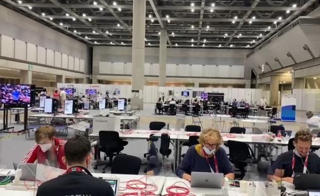 חדר התקשורת של האולימפיאדה בטוקיו