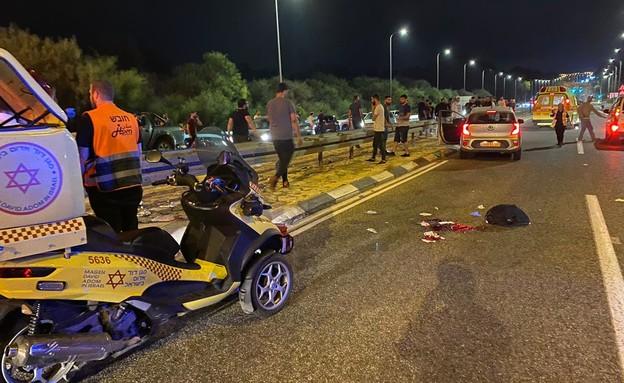 """תאונה, תאונת דרכים, תאונת אופנוע (צילום: תיעוד מבצעי מד""""א)"""