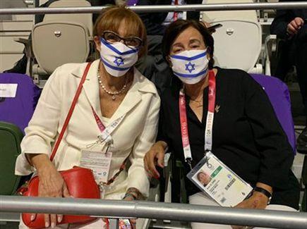 מעוררות השראה. אילנה רומנו ואנקי שפיצר (הוועד האולימפי) (צילום: ספורט 5)