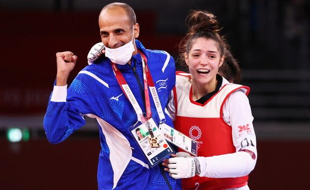 אבישג סמברג עם המאמן שלה (צילום: רויטרס)