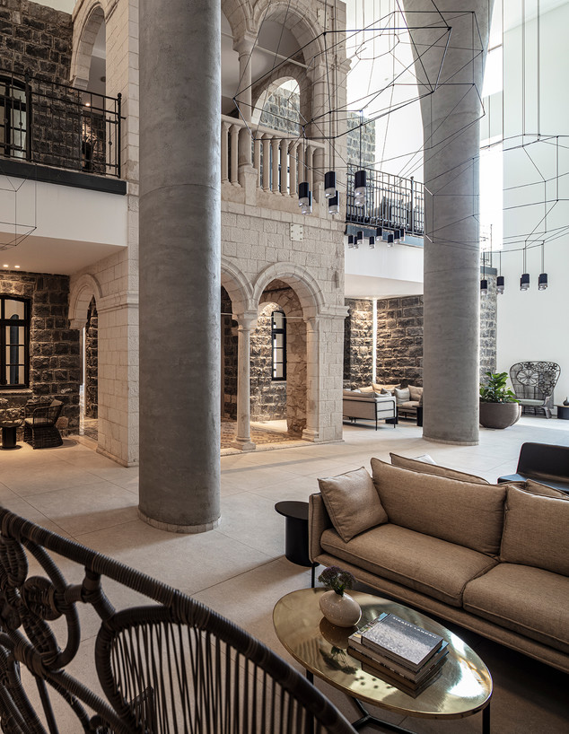לובי מלון סופיה (צילום: עמית גירון)