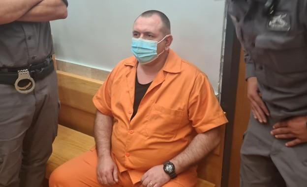 רומן זדורוב בדיון לגבי המשך מעצרו  (צילום: N12)