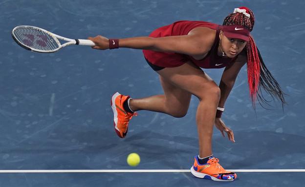 נאומי אוסקה  מודחת בסיבוב השלישי של תחרות הטניס (צילום: רויטרס)