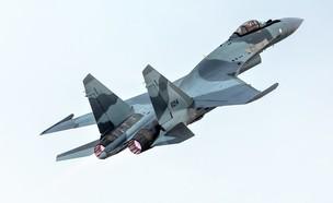 מטוס הקרב (צילום: Fasttailwind, Shutterstock)