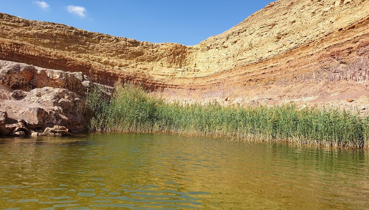 מכרה האגם