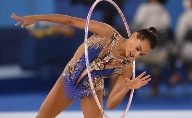לינוי אשרם בתרגיל החישוק (צילום: עמית שיסל, הוועד האולימפי בישראל)