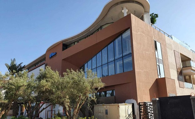 המלון החדש של רונאלדו (צילום: שמעון איפרגן)