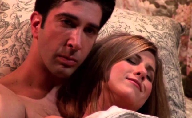 This is what's really going on between Jennifer Aniston and David Schwimmer
