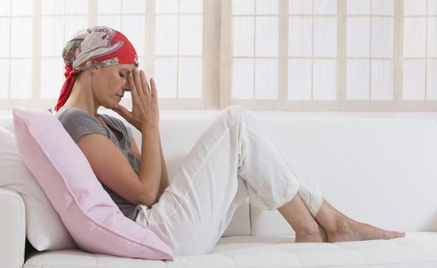 אישה חולת סרטן (צילום: shutterstock)