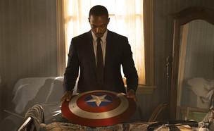 """אנתוני מאקי, """"הפלקון וחייל החורף"""" (צילום: Chuck Zlotnick, Marvel Studios 2020, יחסי ציבור)"""