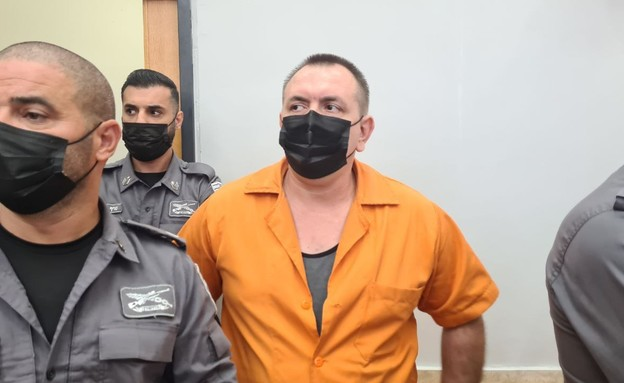 רומן זדורוב בבית המשפט (צילום: N12)