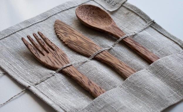 כלים חד פעמיים (צילום: unsplash)