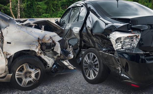 תאונת דרכים, תאונה (צילום: Kwangmoozaa By Kwangmoozaa, shutterstock)