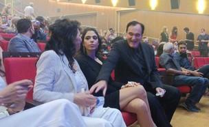 קוונטין טרנטינו, דניאלה פיק ומירית שם אור (צילום: N12)
