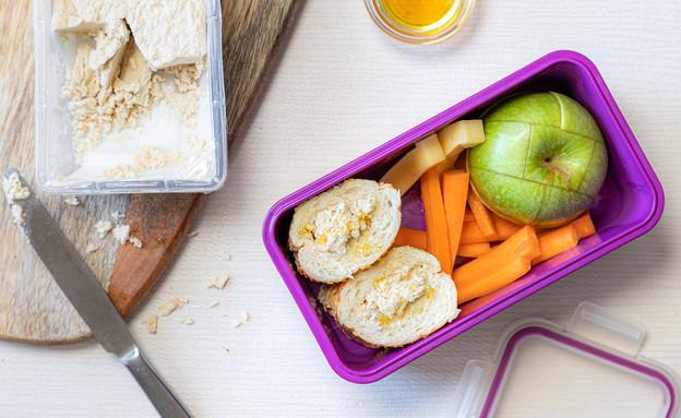 קופסת אוכל כריך חלבה ודבש, חן במטבח (צילום: אסף מזרחי, חן במטבח)