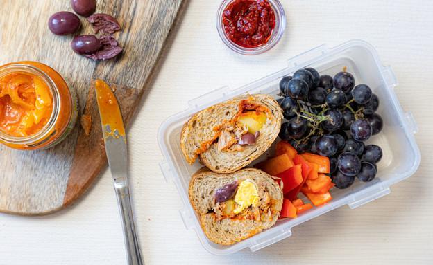 קופסת אוכל כריך תוניסאי, חן במטבח (צילום: אסף מזרחי, חן במטבח)