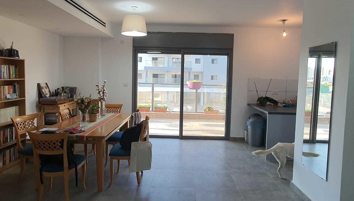 דירה בחריש, עיצוב מירב רוטשס קורן וליאת בנימיני, לפני שיפוץ - 1