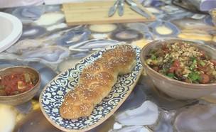 סלט פטריות ועגבניות שרי (צילום: אמהות מבשלות ביחד, ערוץ 24 החדש)