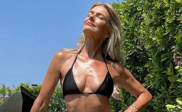 At age 56: Paulina Poritskova bombs a bikini