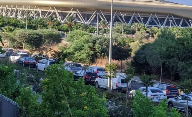 העומסים בדרך לבדיקת קורונה בחיפה