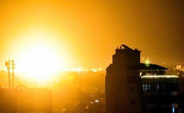 """צה""""ל תוקף יעדים של חמאס ברצועת עזה"""