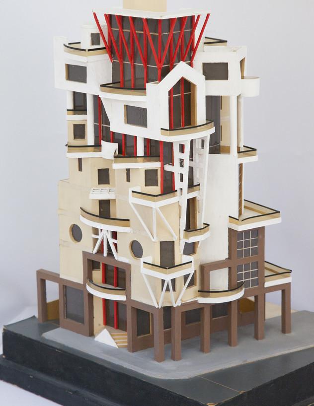 הבניין בטרומפלדור, ג, מודל משנת 1990 - 2 (צילום: טל ים)