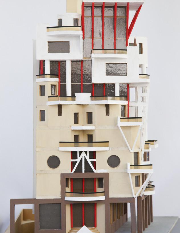 הבניין בטרומפלדור, ג, מודל משנת 1990 - 3 (צילום: טל ים)