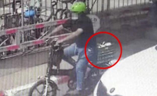 """האב שחטף את בנו מהפגייה מוסר את גרסתו (צילום: מתוך """"חדשות הבוקר"""" , קשת 12)"""