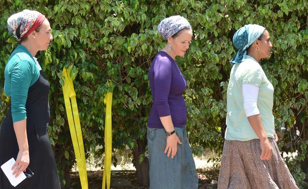 רחלי פרנקל, בת גלים שער ואיריס יפרח, אמהות שלושת ה (צילום: יוסי זליגר, פלאש 90)