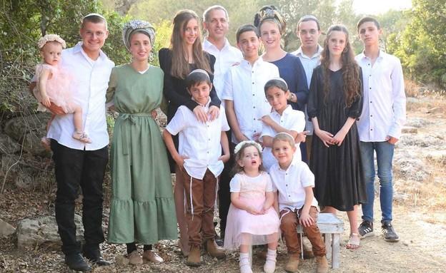 משפחת אלקלעי מנריה (צילום: מיכל אביאור)