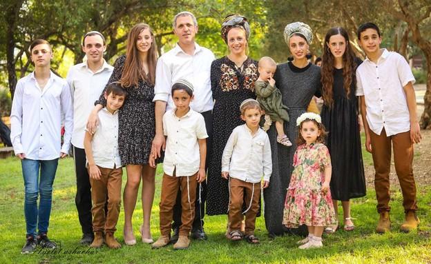 משפחת אלקלעי מנריה (צילום: איילת השחר פורטל)