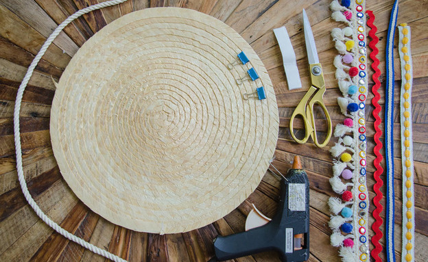 הדרכת חבלים, 014-תיק מפלייסמט קש החומרים (צילום: נועה קליין)