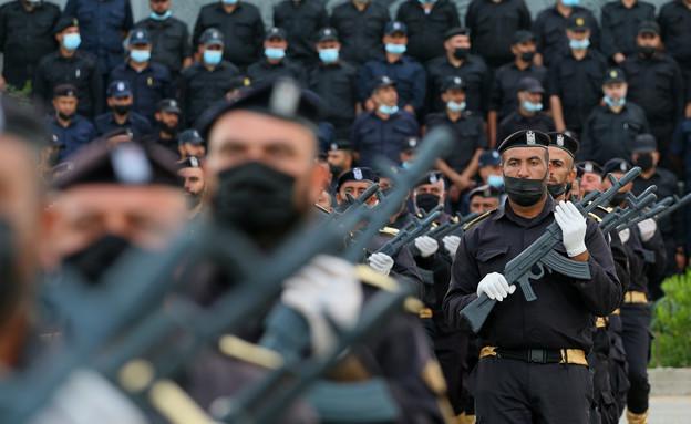 טקס שוטרי חמאס ברצועת עזה (צילום: פלאש 90)