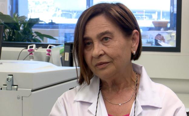 רוזה, העובדת הראשונה בנובוקיור (צילום: חדשות 12)