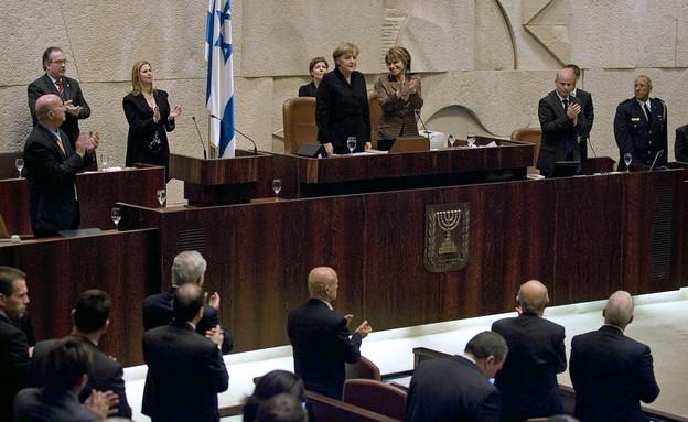 אנגלה מרקל במליאת הכנסת (צילום: reuters)
