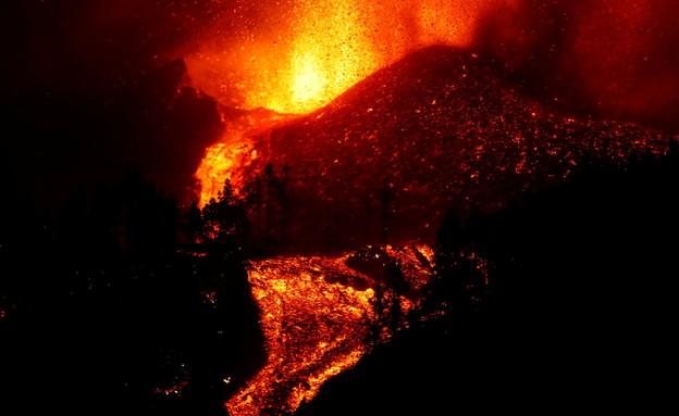 התפרצות הר הגעש באי הקנרי לה פלמה, ספרד (צילום: רויטרס)